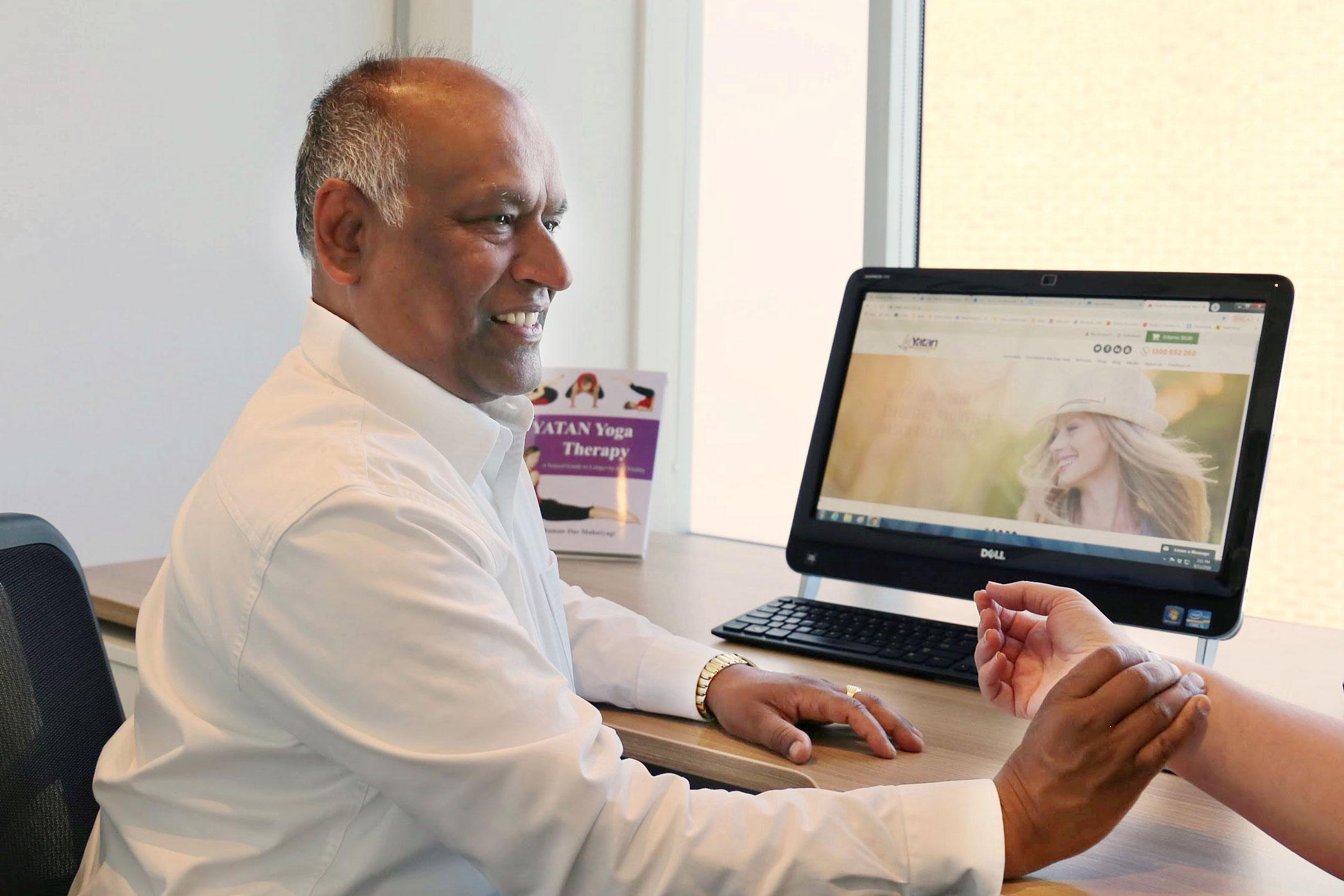Raman Das Mahatyagi, Ayurvedic Practitioner, Yoga Therapy
